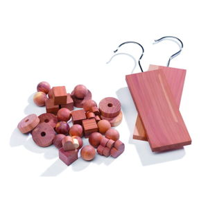Set 34 doplňků do šatní skříně z cedrového dřeva Compactor