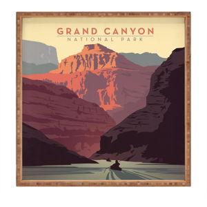 Dřevěný dekorativní servírovací tác Grand Canyon, 40x40cm